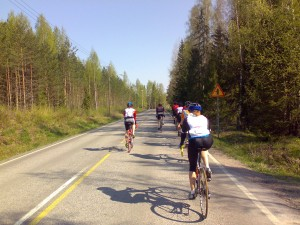 Riding in a 25km/h group
