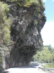 Hanging cliff between Theog and Kot Khai